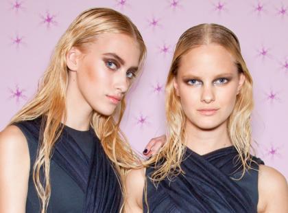 Sexy makijaż dla blondynki - krok po kroku