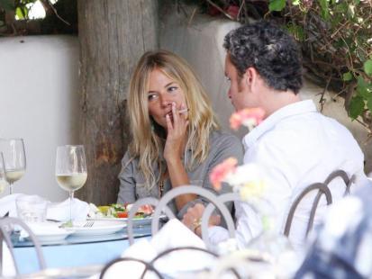 Sienna Miller: nikotyna... moja miłość