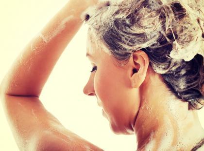 Silikony w kosmetykach do włosów – używać czy unikać?