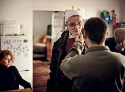 """Siostra Chmielewska: """"Łatwo dać ubranie, trudniej dach nad głową"""". Pomagajmy, bo kiedy zacząć, jak nie w Święta?"""