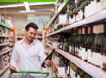 Skąd się bierze niechęć Polaków do kupowania wina?
