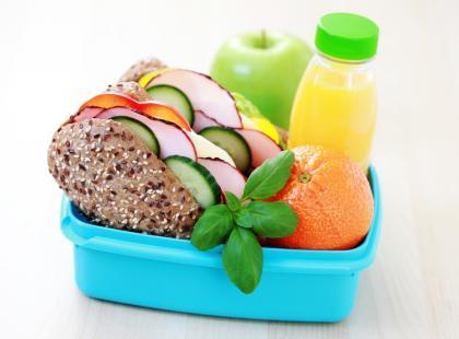 Składniki odżywcze ważne w diecie ucznia cz.2