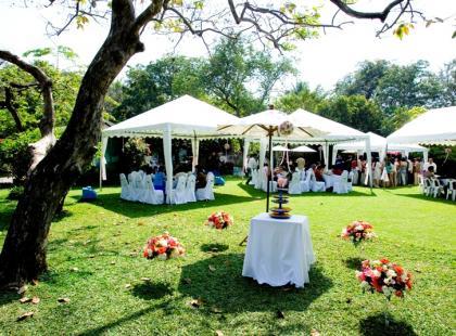 Skromna uroczystość czy wesele z pompą?