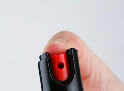 Skuteczna samoobrona – paralizator i gaz pieprzowy