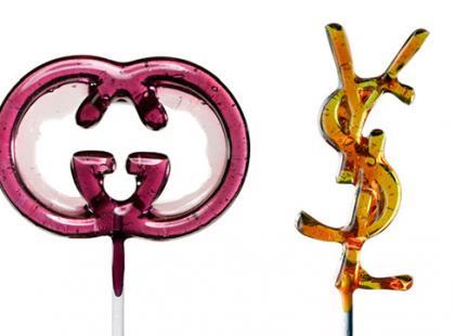 Słodkie logo. Lizaki od Massimo Gammacurta