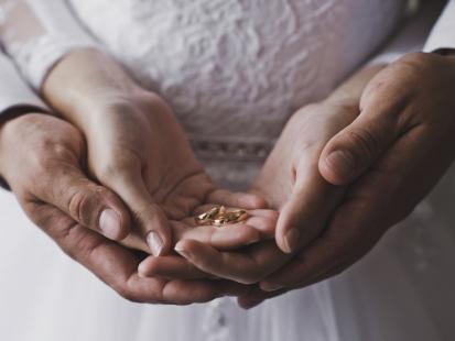 0139f3ae8f Ile włożyć do koperty na ślub dla pary młodej  Zobacz