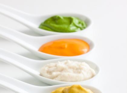 Smaczne i lekkie  sosy do sałatek i nie tylko