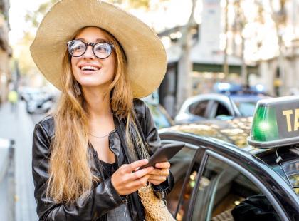 Smartfon z Biedronki wygląda jak iPhone i kosztuje niecałe... 300 złotych!