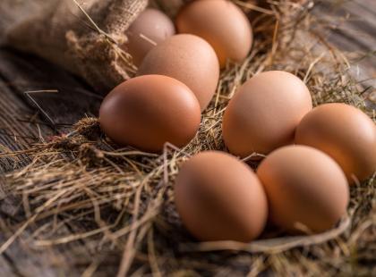 Śniadaniowe babeczki jajeczne - przepis