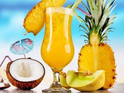 Soczysty i orzeźwiający - sprawdź nasze przepisy z wykorzystaniem ananasa