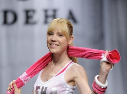 Sportowe linie na pokazie marki Deha - wiosna/lato 2009