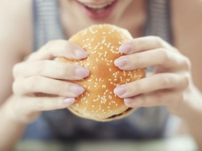 Sprawdź, czy masz problem z kompulsywnym jedzeniem!