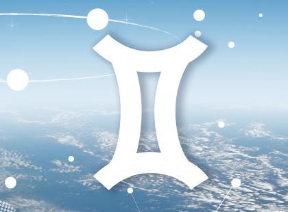 Sprawdź horoskop miesięczny dla Bliźniąt