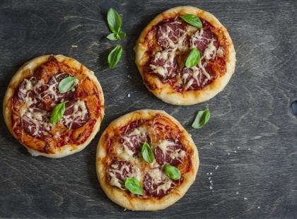 Sprawdzone porady: jak zrobić idealne ciasto na pizzę?
