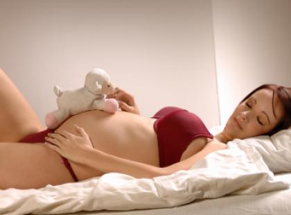 Sprzątanie detergentami we wczesnej ciąży