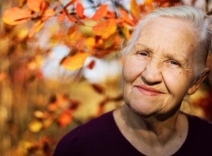 Starość – choroba, której leczenie wydłuża życie?