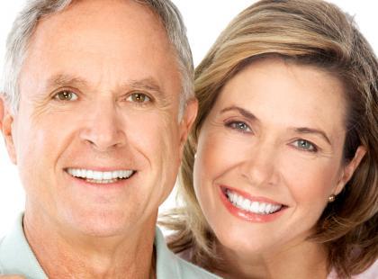 Starsi państwo młodzi – poradnik dla par pobierających się w starszym wieku