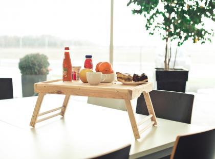 Stolik śniadaniowy - jak go zrobić?