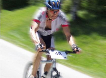 Strój sportowy a strój kolarski
