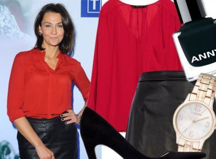 Stylizacja Anny Popek z czerwoną koszulą