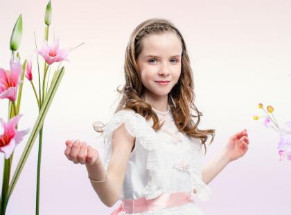 Sukienka na wesele dla dziewczynki- jaką wybrać? To czasem trudniejszy wybór, niż dla mamy!