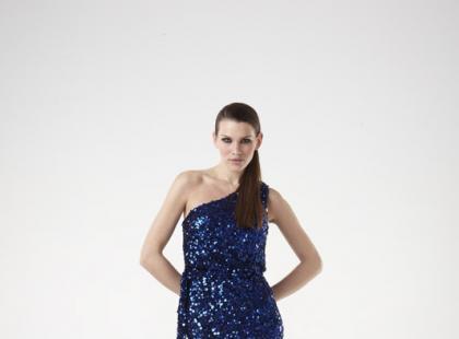 Sukienki wieczorowe Adrianny Papell i Aidana Mattoxa