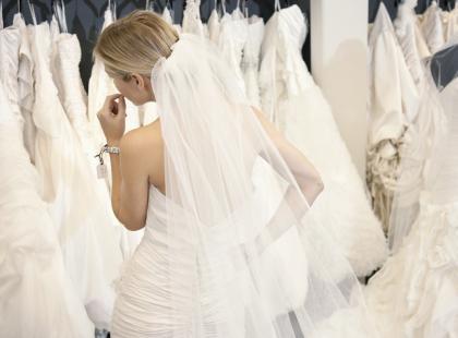 Suknia ślubna jak marzenie – czyli wszystko, co powinnaś wiedzieć przed zakupem!