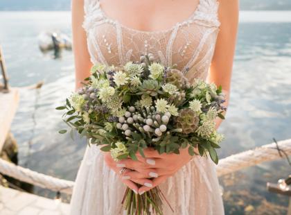 Suknia ślubna nie musi kosztować fortuny! Znalazłyśmy piękne modele, których ceny zaczynają się od 270 zł