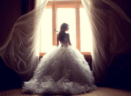 Suknia ślubna princessa – co musisz wiedzieć przed zakupem?