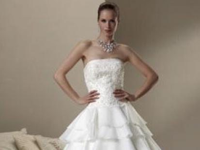 Suknie ślubne 2010: pokaz kolekcji Sincerity