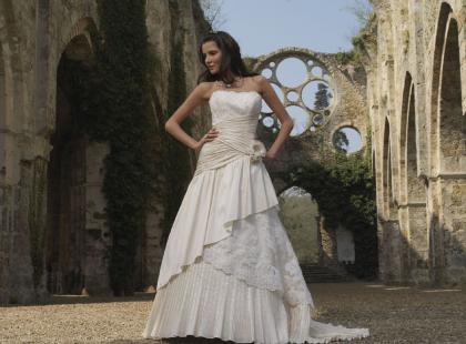 Suknie ślubne Divina Sposa