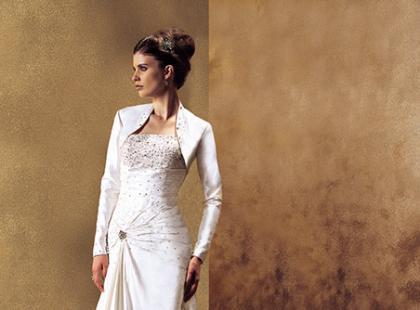 Suknie ślubne Justin Alexander wiosna-lato 2010