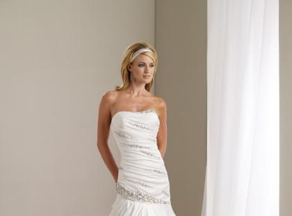 Suknie ślubne Mon Cheri na sezon wiosna/lato 2012