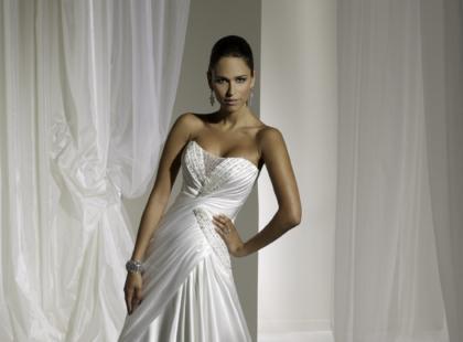 Suknie ślubne Sophia Tolli 2011
