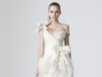 Suknie ślubne: Vera Wang 2010 (video)