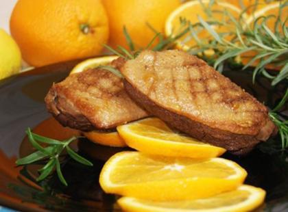 Świąteczna kaczka pomarańczowo-rozmarynowa
