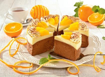 Świąteczny czekoladowy sernik z pomarańczami