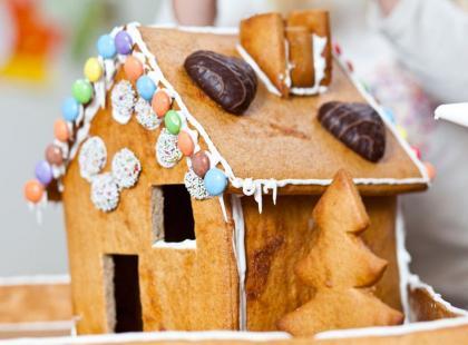 Świąteczny domek z piernika w 6 krokach