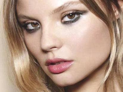 Świąteczny makijaż jak z pokazu Pucci