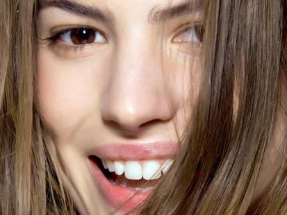 Świąteczny makijaż: Promienna cera