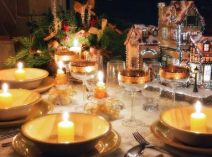 Świąteczny savoir-vivre przy stole
