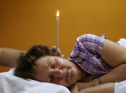 Świecowanie i konchowanie – największe zalety zabiegów