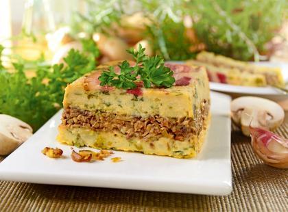 Sycące danie prosto z Białorusi: zobacz przepis na pyszną babkę ziemniaczaną