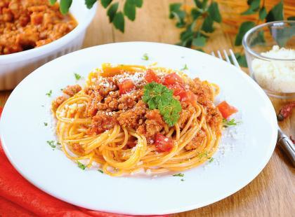 Sycące i mocno pomidorowe - sprawdź nasze przepisy na spaghetti bolognese
