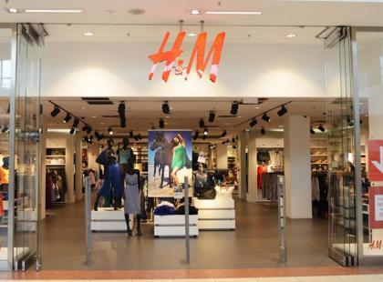 Szał na Instagramie na punkcie sukienki z H&M. Jeszcze można ją kupić!