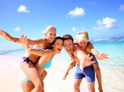 Szczepienia, leki i ubezpieczenie - o czym pamiętać przed wyjazdem na urlop?