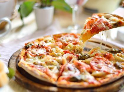 Sztuczki kulinarne - pyszne ciasto na pizzę
