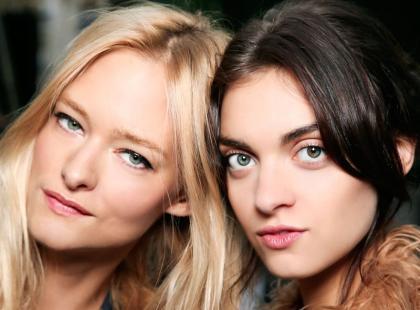 Szukasz łagodnego kosmetyku do oczyszczania twarzy? Wypróbuj olejki do demakijażu!