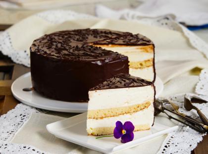 Szukasz pomysłu na niebanalne ciasta? Spróbuj Milky Way, które rozpływa się w ustach!