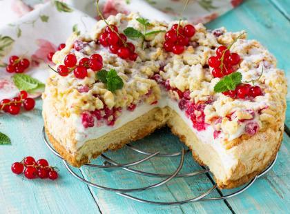 Szukasz przepisu na idealne letnie ciasto? Zobacz sprawdzone ciasto z porzeczkami!
